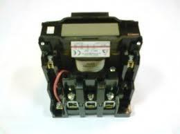 Dil 2v-22 230VAC mágneskapcsoló